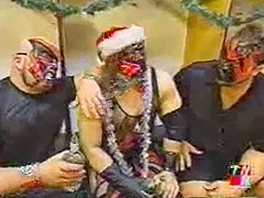 CLASSIC INDUCTION: WWF Christmas Party 2001: They Sure Don't Have ...