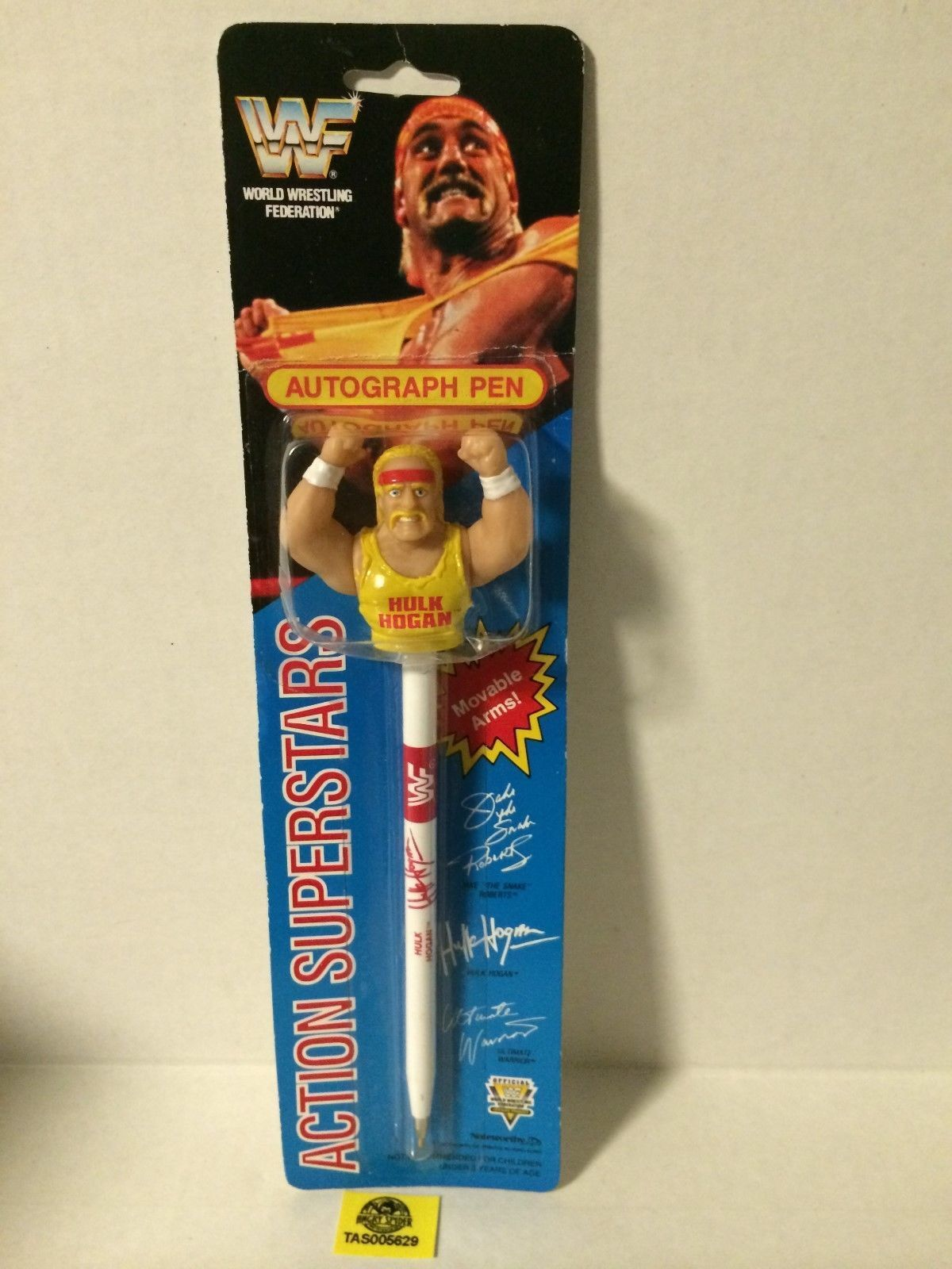 WWF Hulk Hogan autograph action pen