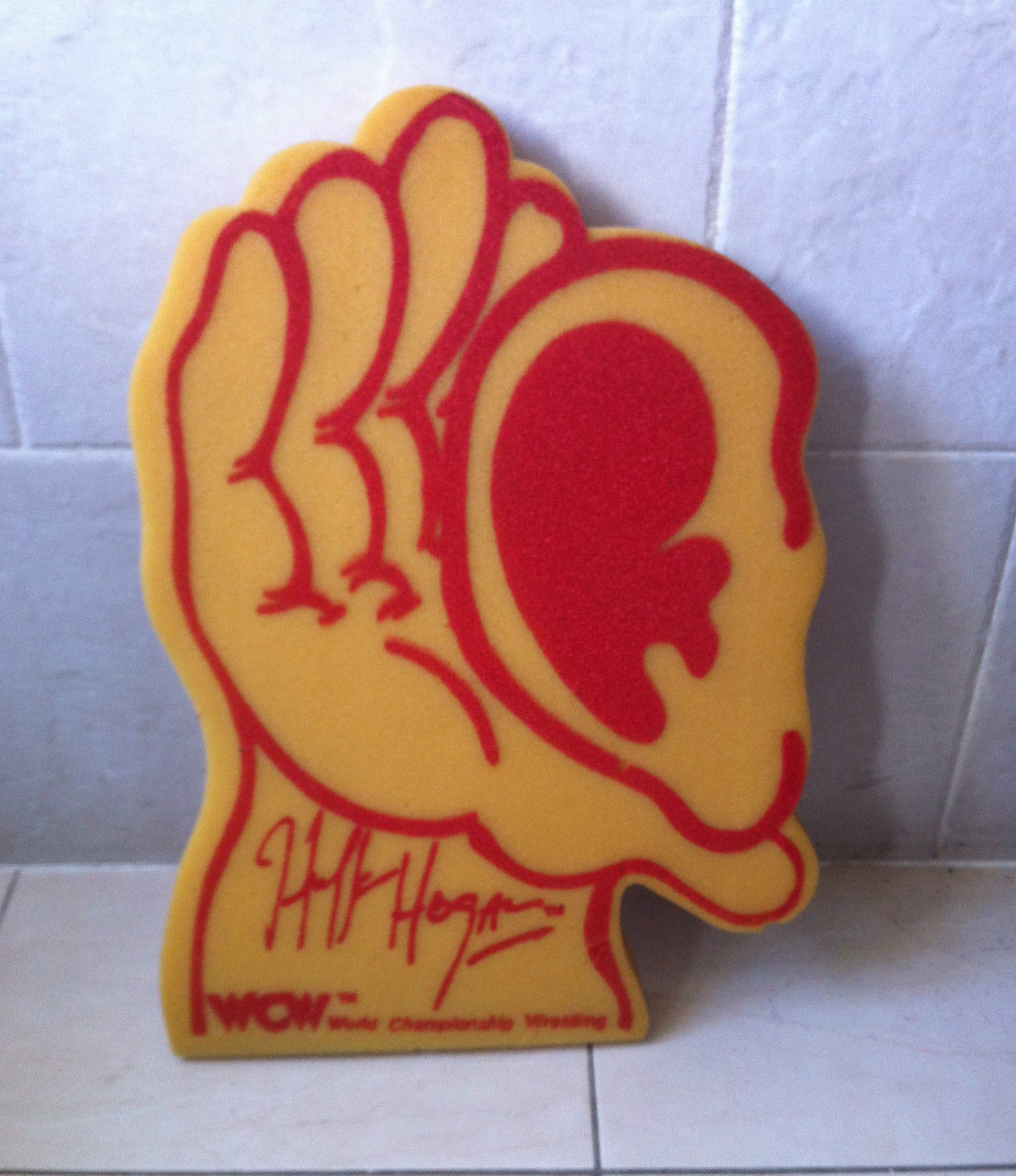 Hulk Hogan Foam Ear Hand WCW