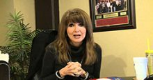Headlies: Dixie Carter Gives Santa Her Wishlist