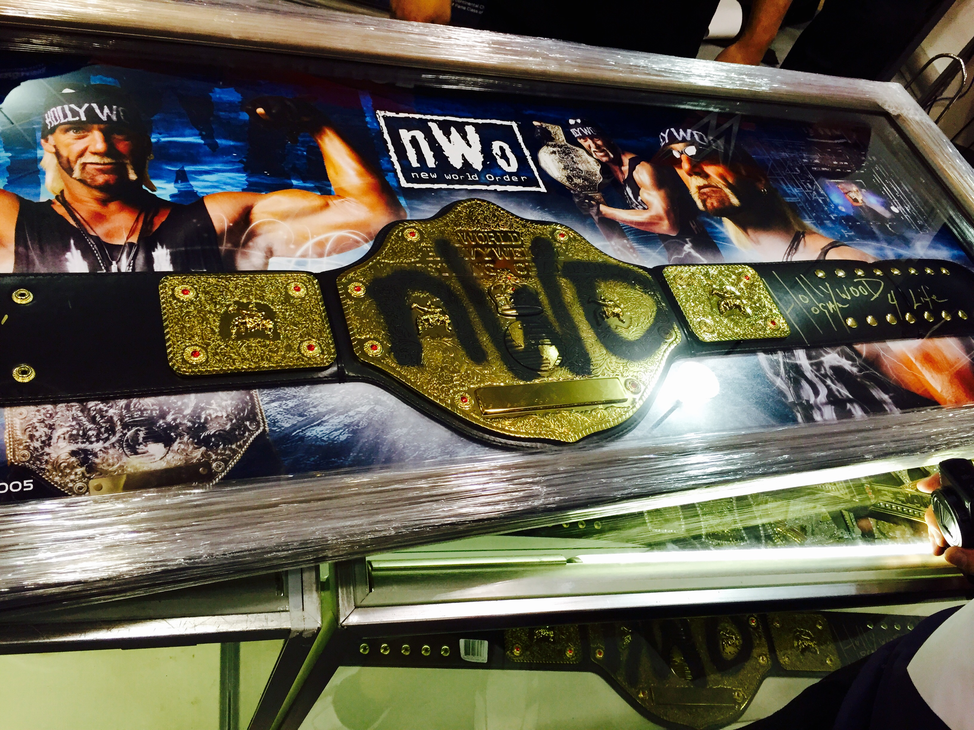 Hulk Hogan WCW World Championship NWO spraypaint spray paint belt