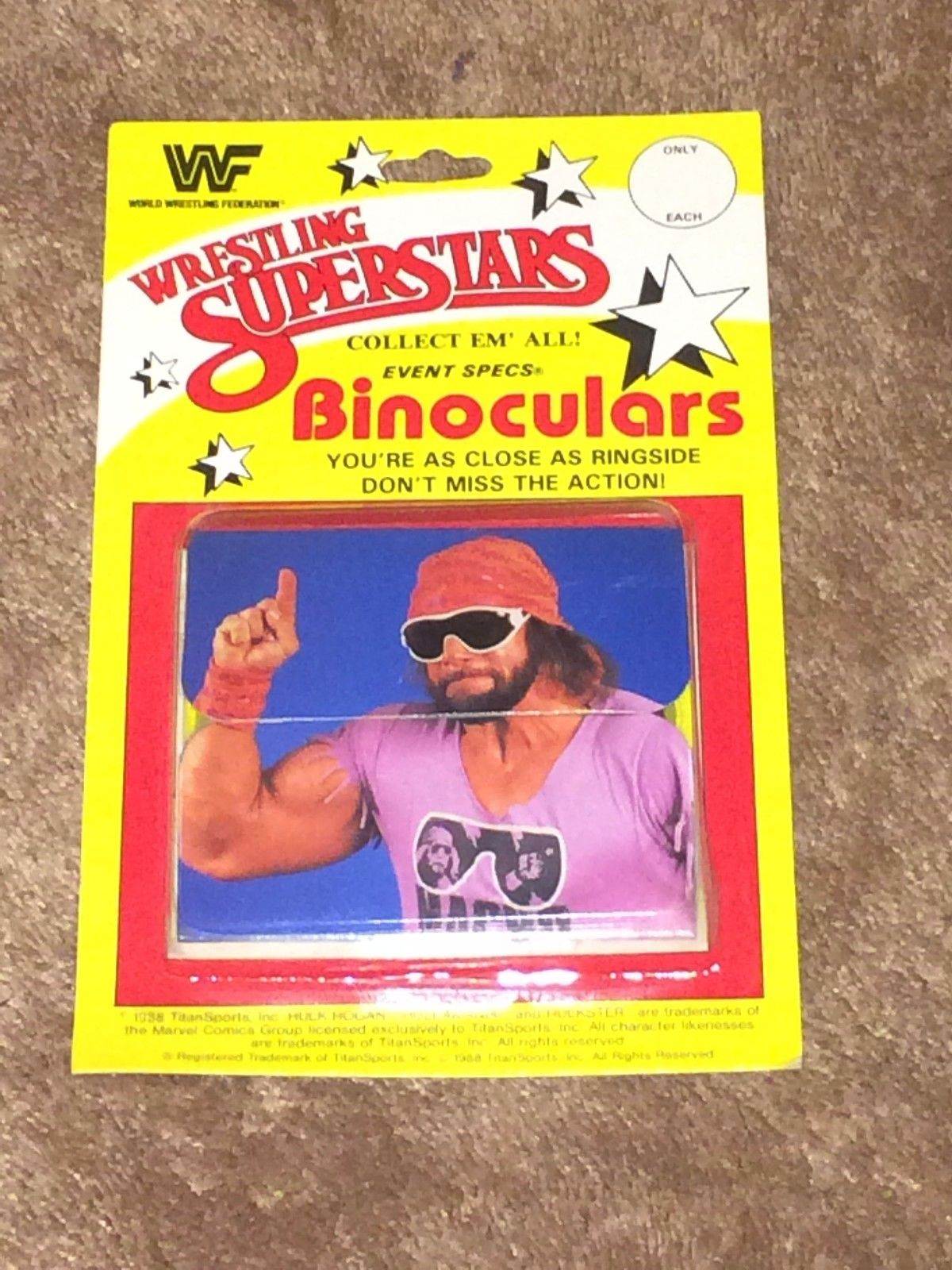 WWF Wrestling Superstars Macho Man Randy Savage binoculars 1
