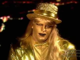 Goldust wearing Top Hat