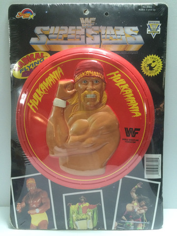 WWF Hulk Hogan frisbee flying disc