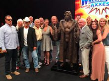 HEADLIES: Ric Flair Honored with Bronze Statue of Someone Else at WWE Axxess